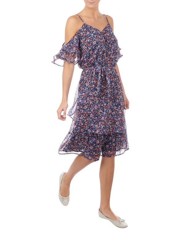 Damen Coldshoulderkleid Mit Floralem Muster Von Takko