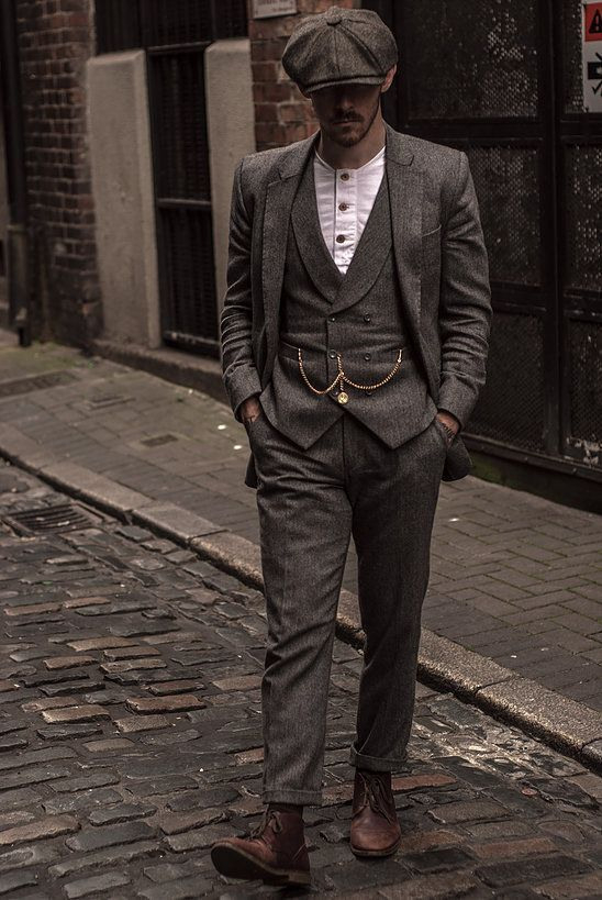 Damien Broderick  Vintage Herrenmode Bekleidung  Herren