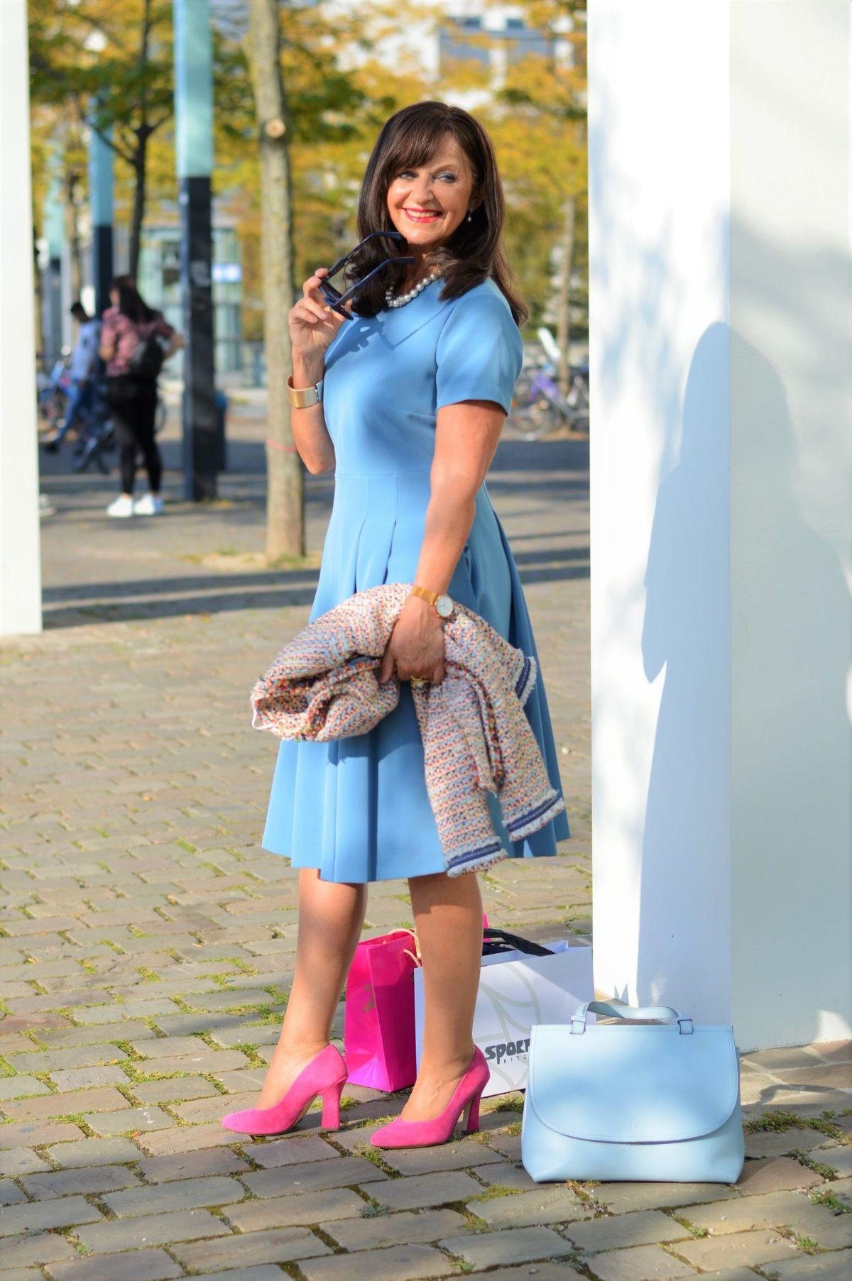 Das Blaue Kleid 3 Styling Tipps Für Den Herbst  Martina