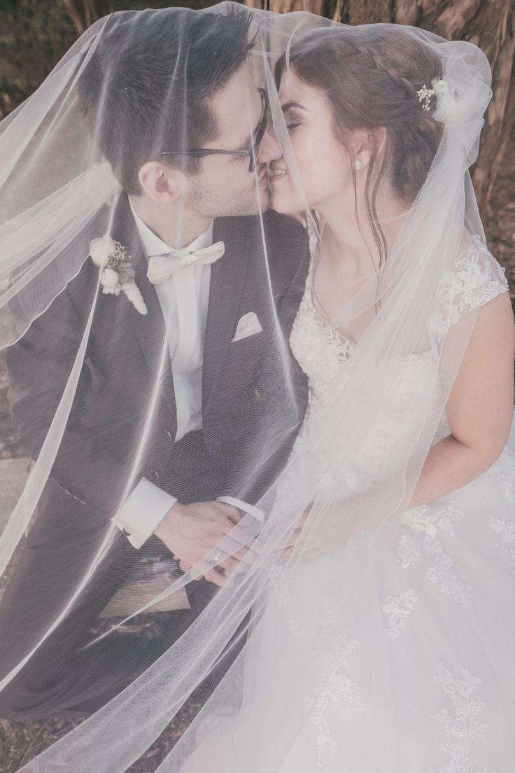 Das Brautpaar Verschleiert Einmal Anders