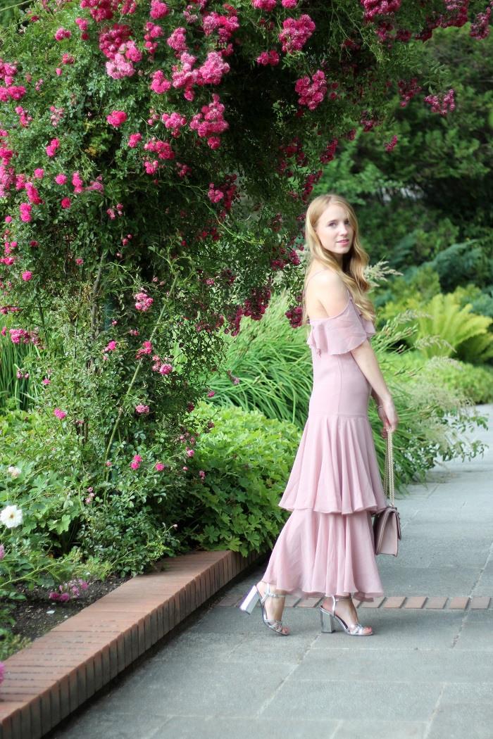 Das Perfekte Kleid Für Eine Hochzeit  All I Want Is