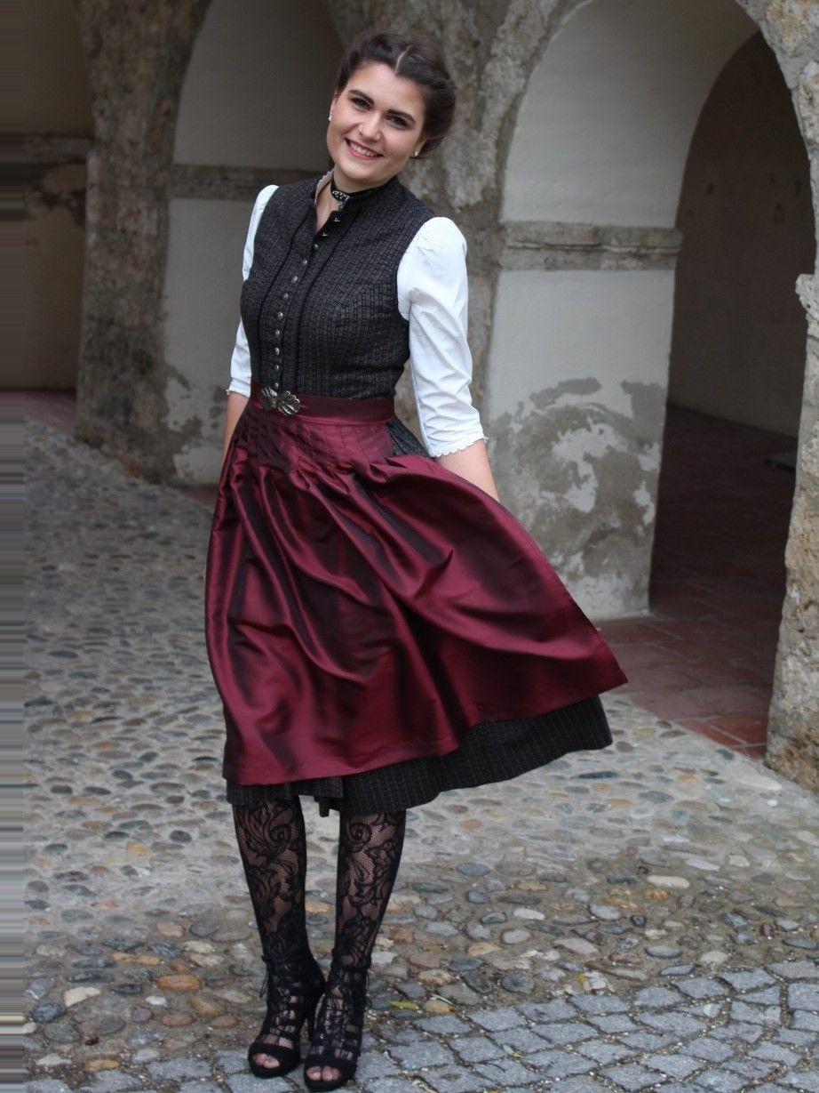 Das Perfekte Outfit Als Gast Einer Trachtenhochzeit