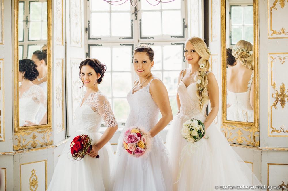 Das Sind Ein Paar Wunderschöne Hochzeitskleider Das Kleid