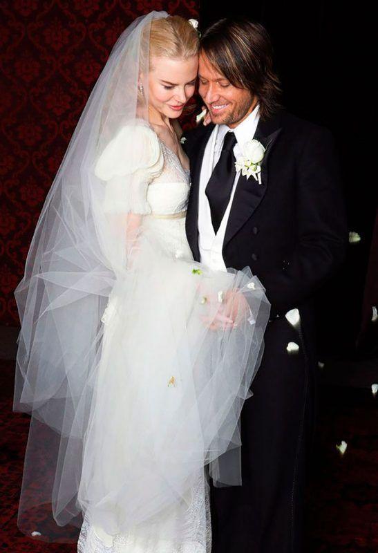 Die 40 Schönsten Hochzeitskleider Des Berühmten