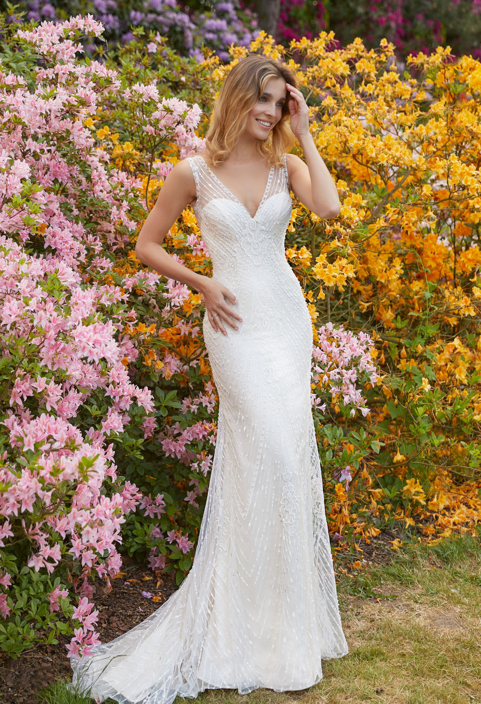 Die Aktuelle Brautmode Kollektion  Brautkleid