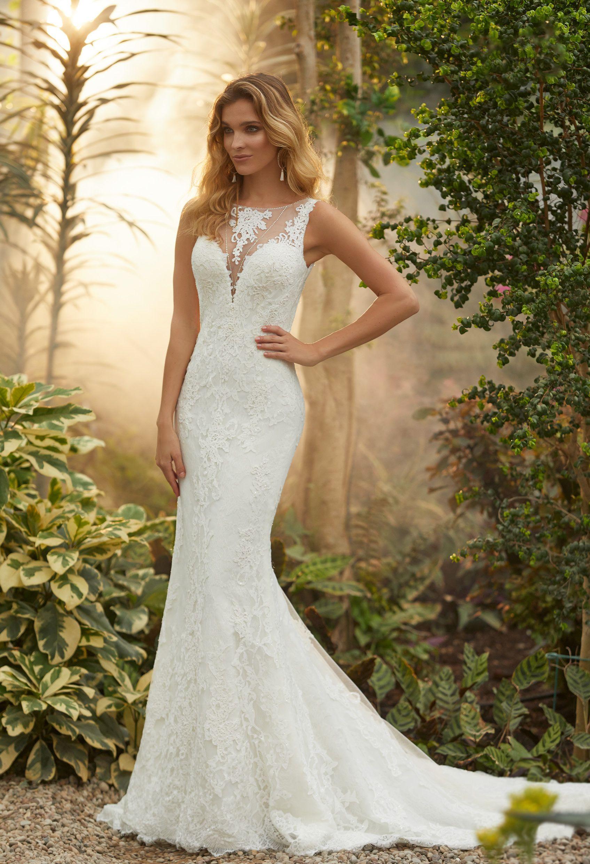 Die Aktuelle Brautmode Kollektion  Hochzeitskleid