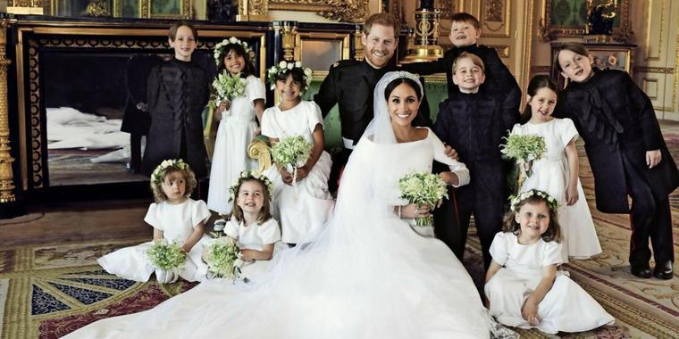 Die Offiziellen Hochzeitsfotos Von Harry Und Meghan
