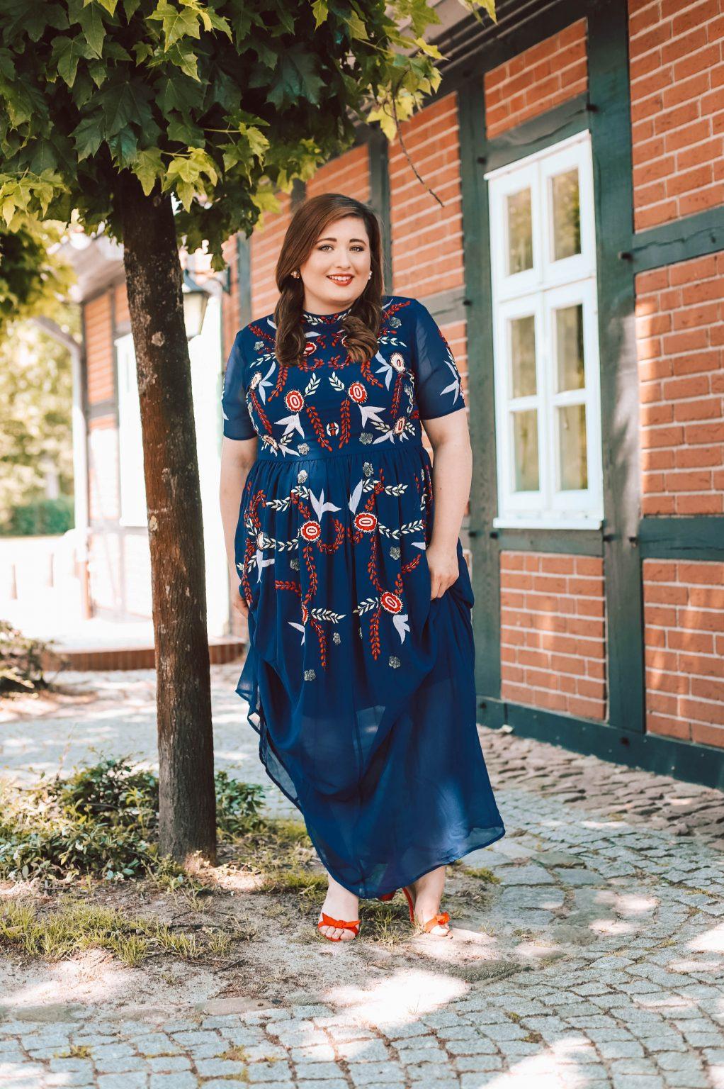 Die Schönsten Plus Size Hochzeitsgast Kleider