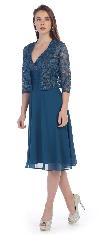 Dieses Ärmellose Kleid Hat Ein Entworfenes Top Und Eine