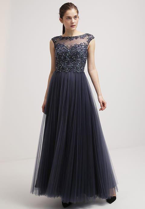 Dieses Kleid Lässt Träume Wahr Werden Luxuar Fashion