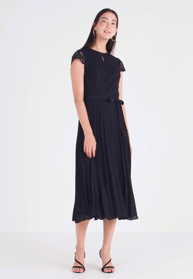 Dorothy Perkins Tall Billie Blosson Alice Pleated Dress