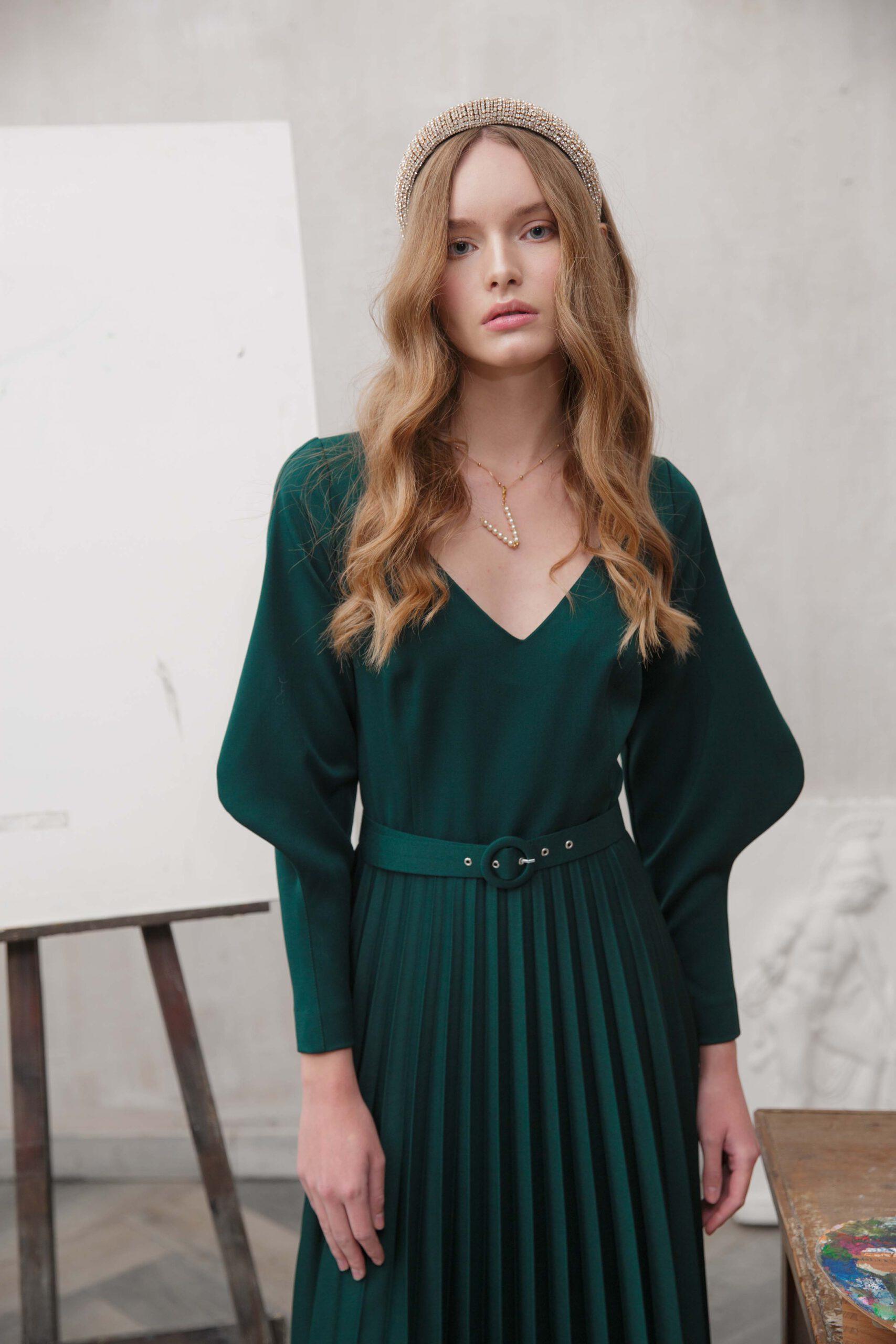 Drapiertes Grünes Kleid › Sashkaproject