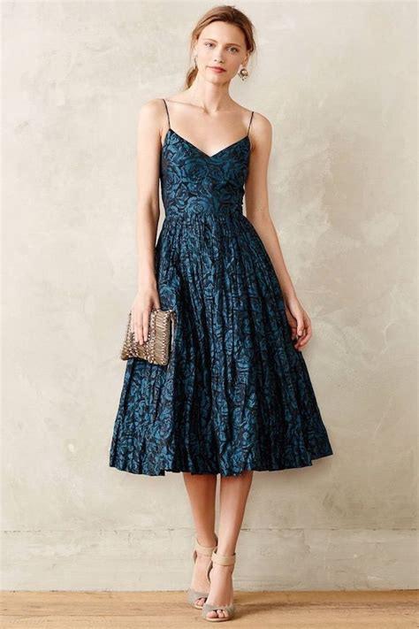 Dunkelblaues Kleid Als Hochzeitsgast  Atemberaubend