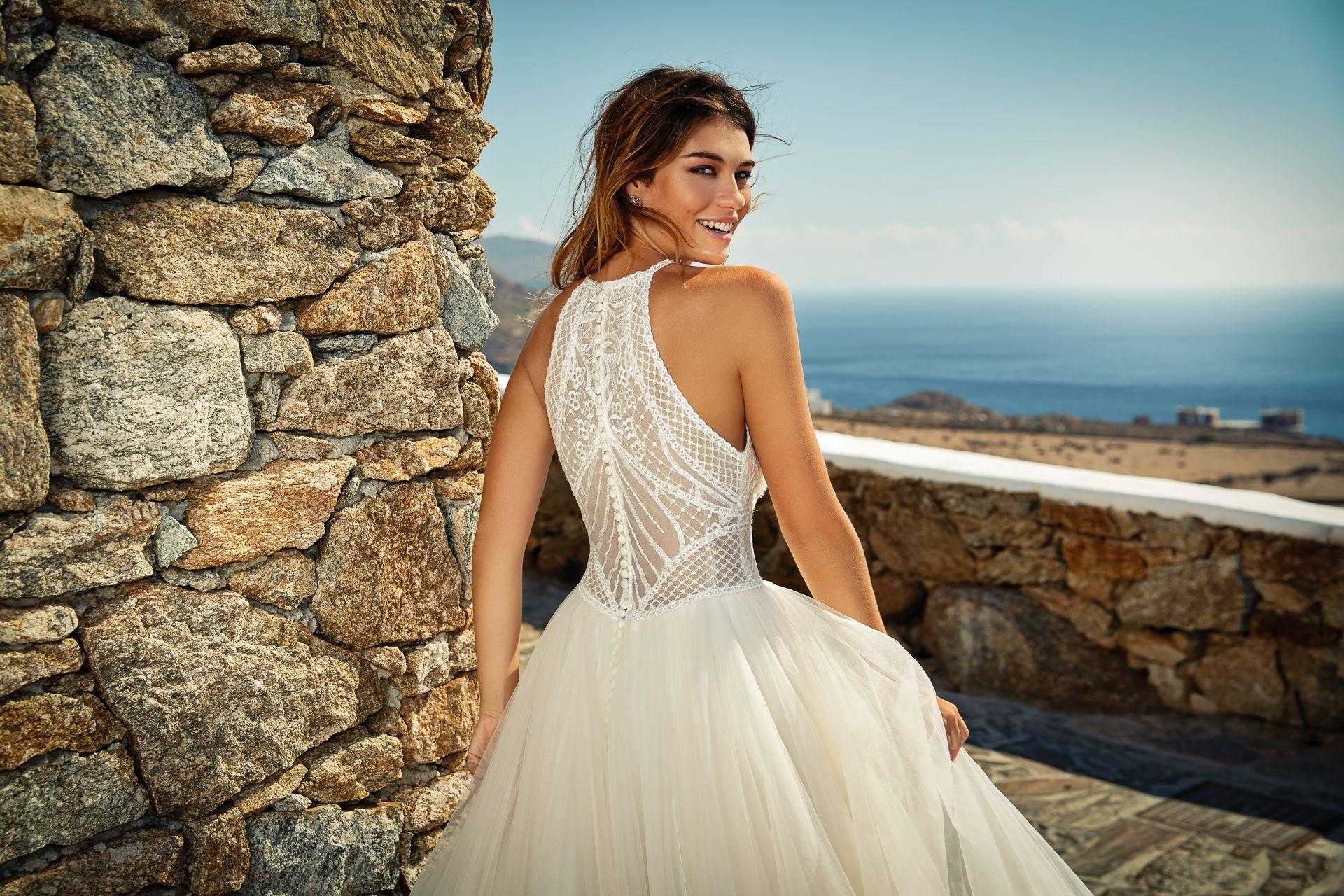 Ein Brautkleid Der Dreams Kollektion In 2020  Kleid