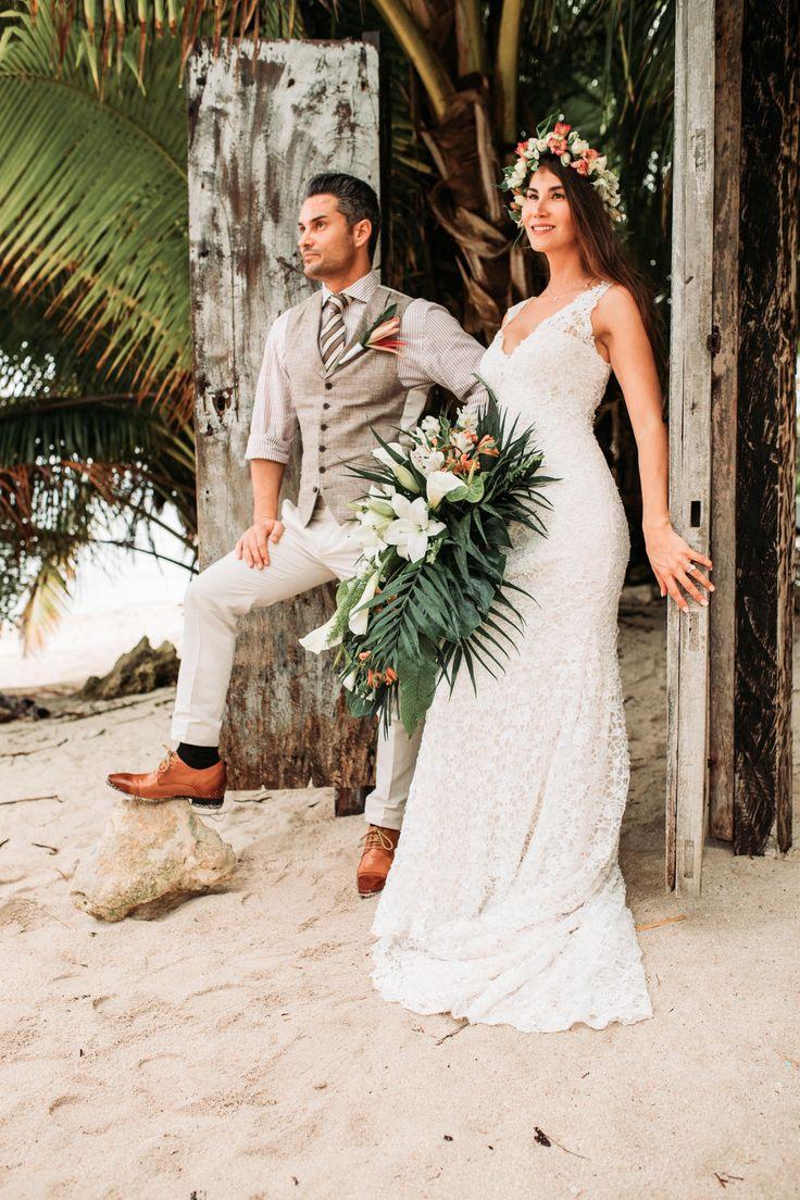 Ein Romantisches Jawort Am Karibikstrand Von Mexiko Von