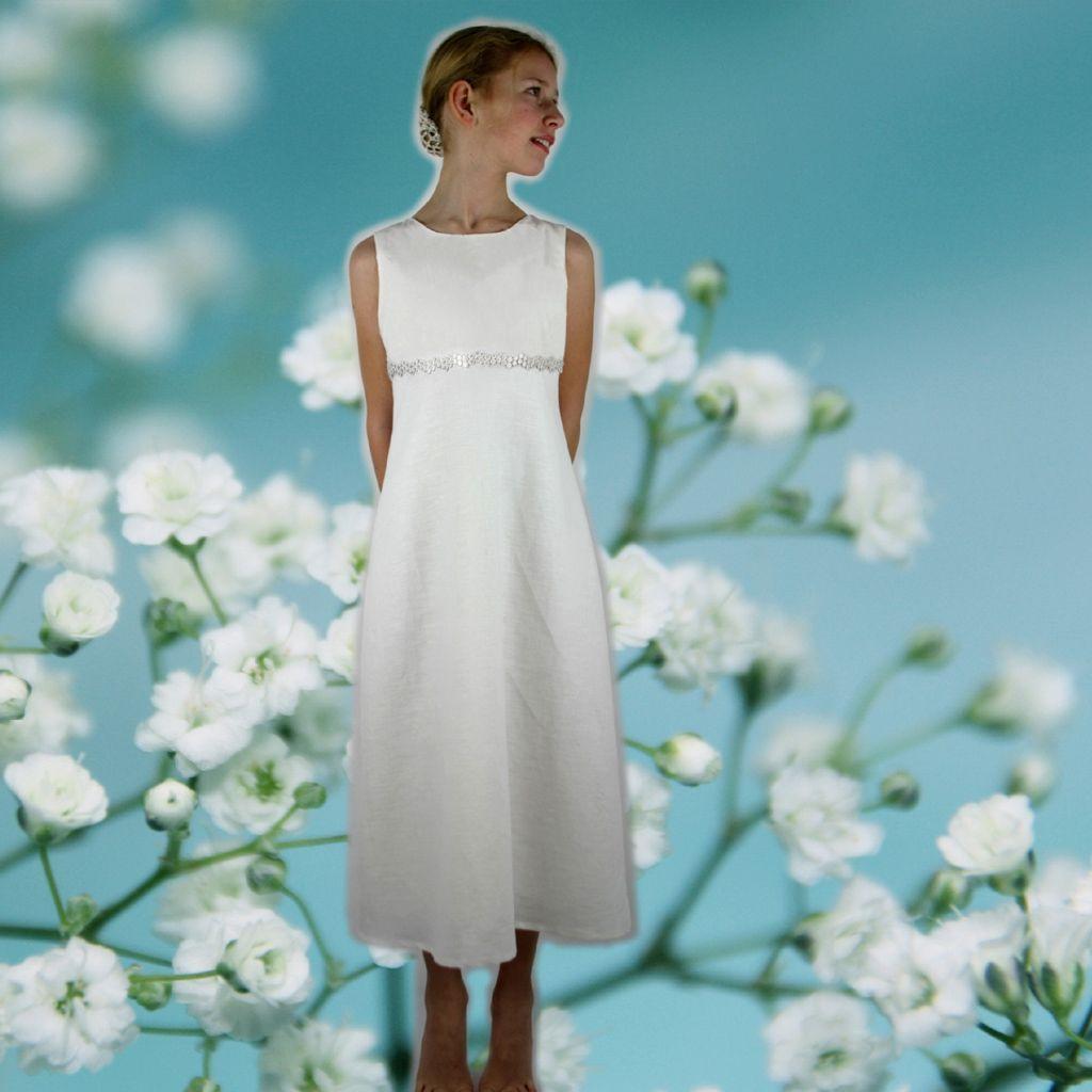 Ein Schlichtes Blumenmädchenkleid  Kommunion