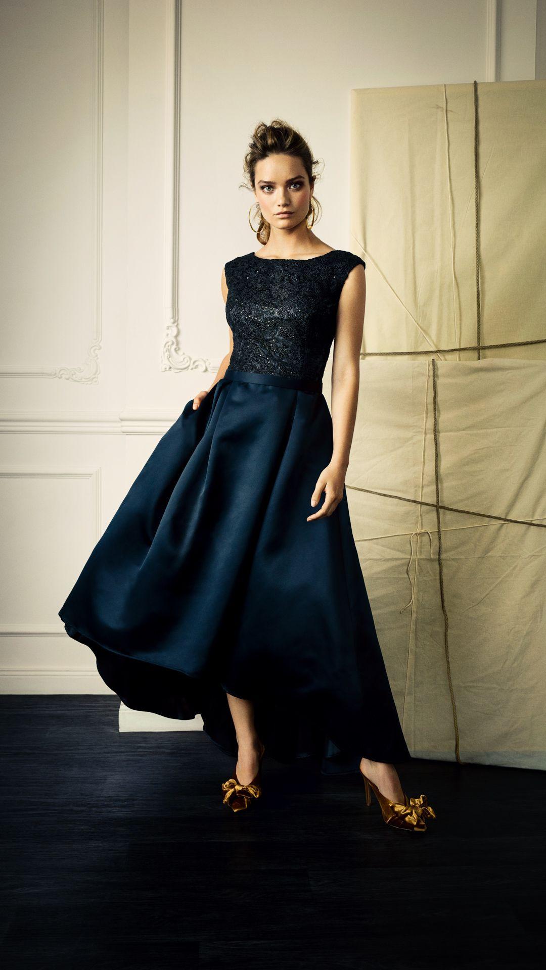 Elegante Abendmode Für Den Herbst 2019  Abendkleid