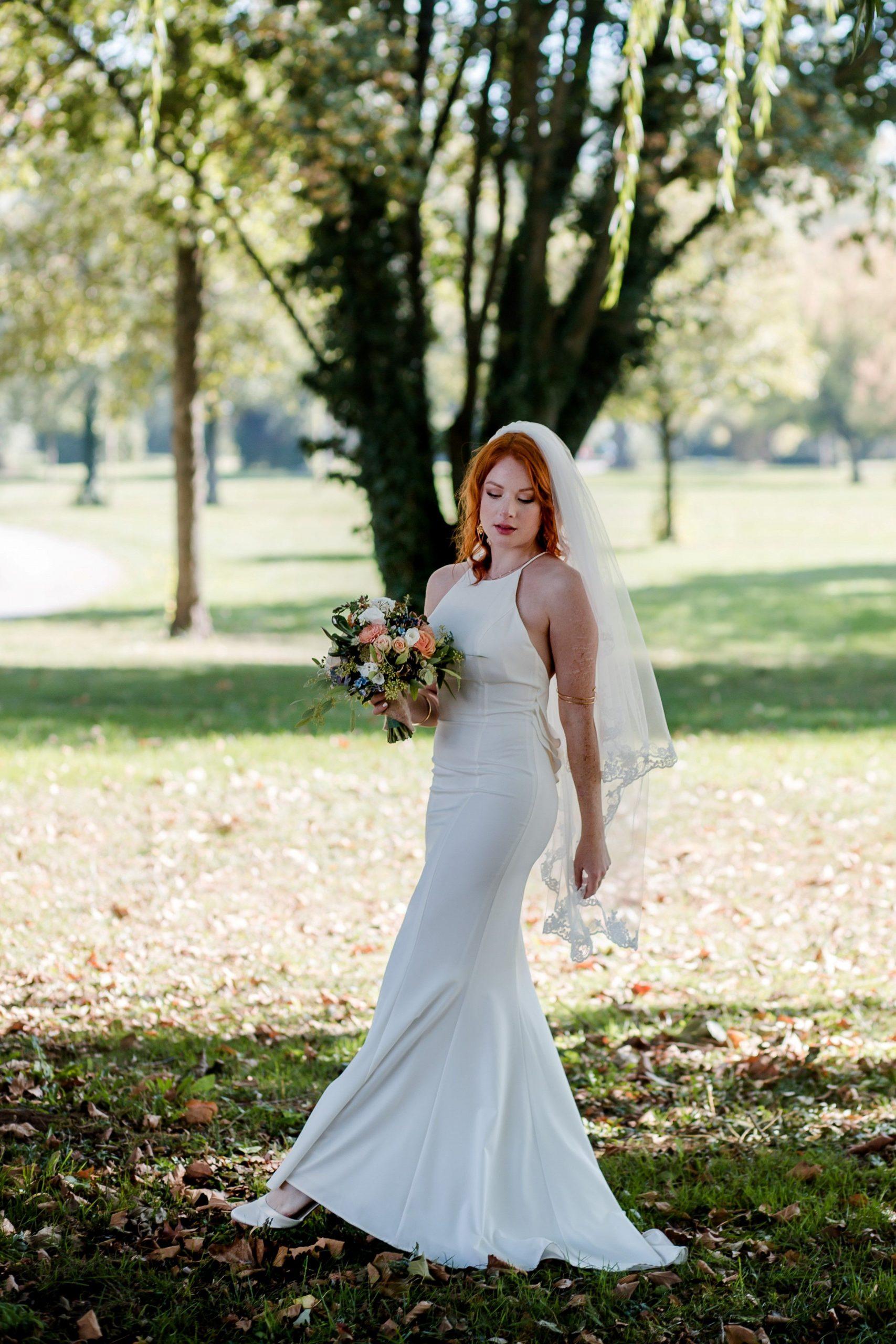 Elegante Braut  Elegante Braut Hochzeitskleid Elegant