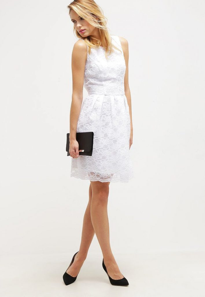 Elegantes Kleid In Traumhaftem Weiß Swing Cocktailkleid