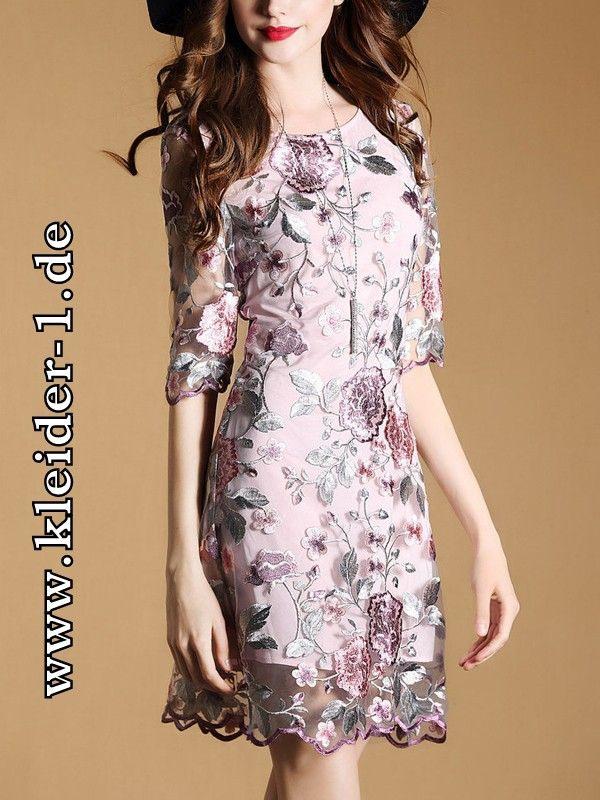Elegantes Kurzes Sommerkleid Mit Blumen Stickerei  Bluz