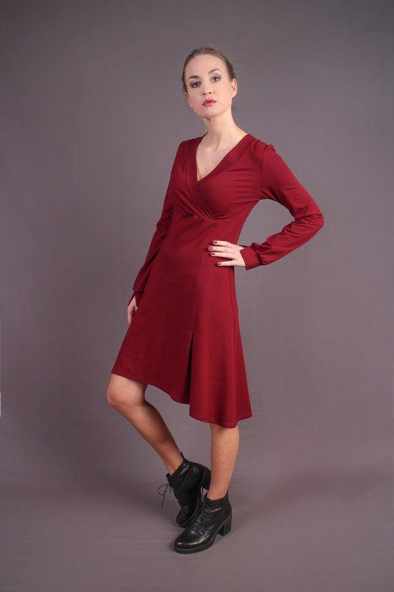 Elegantes Rotes Wickelkleid / Weiches Kleid Mit Langen