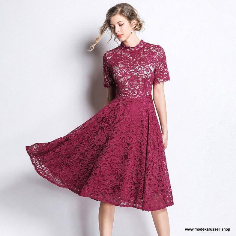 Elegantes Tailliertes Spitzenkleid Sommerkleid 2019