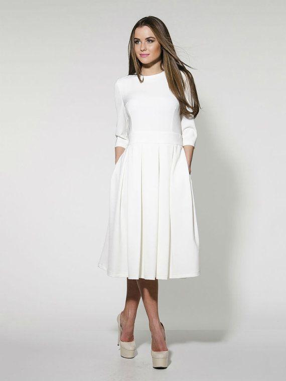 Elegantes Weißes Midikleid Formale Gefaltete Hochzeit Von