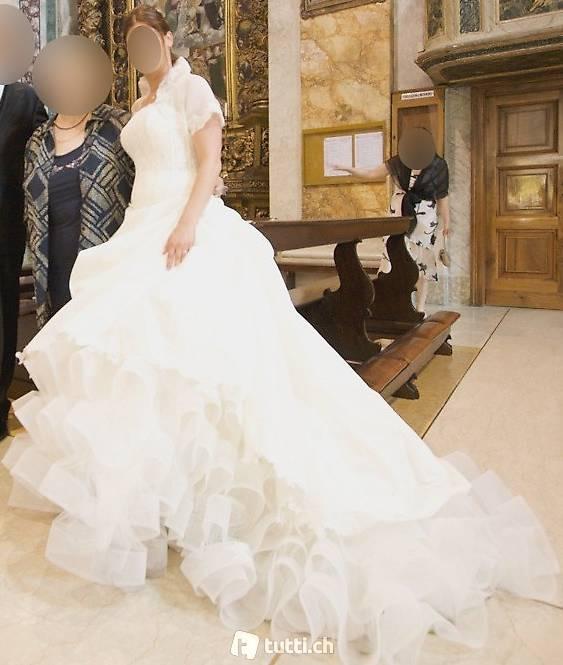Elfenbeines/ Weisses Hochzeitskleid In Zürich Kaufen