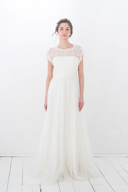 Elfenkleid Feel Modern Yet Romantic White Shine In 2020