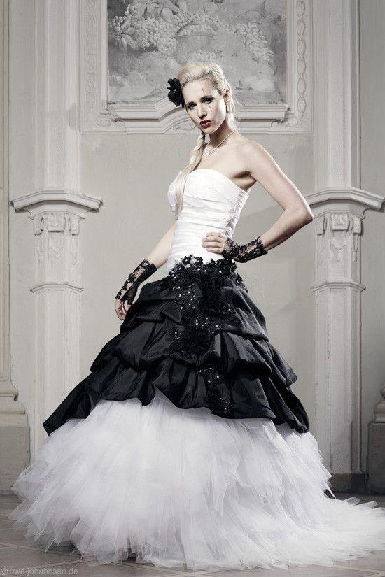 Extravagante Brautmode Schwarze Brautkleider Rote