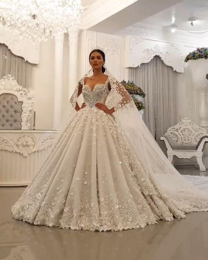 Extravagante Prinzessinen Brautkleider Online Bestellen