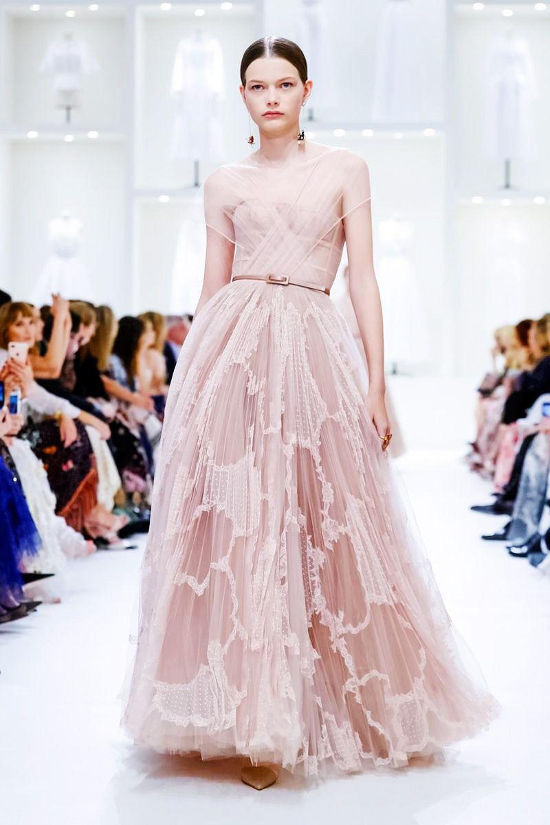 Fall/Winter 201819 Christian Dior  Haute Couture  Dior