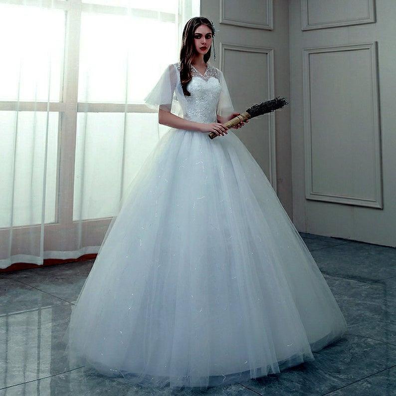Fee Blumen Pailletten Halbärmel Hochzeit Kleid Ball Kleid