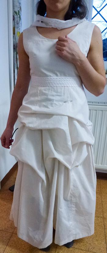 Festliches Sommerkleid › Stichelei