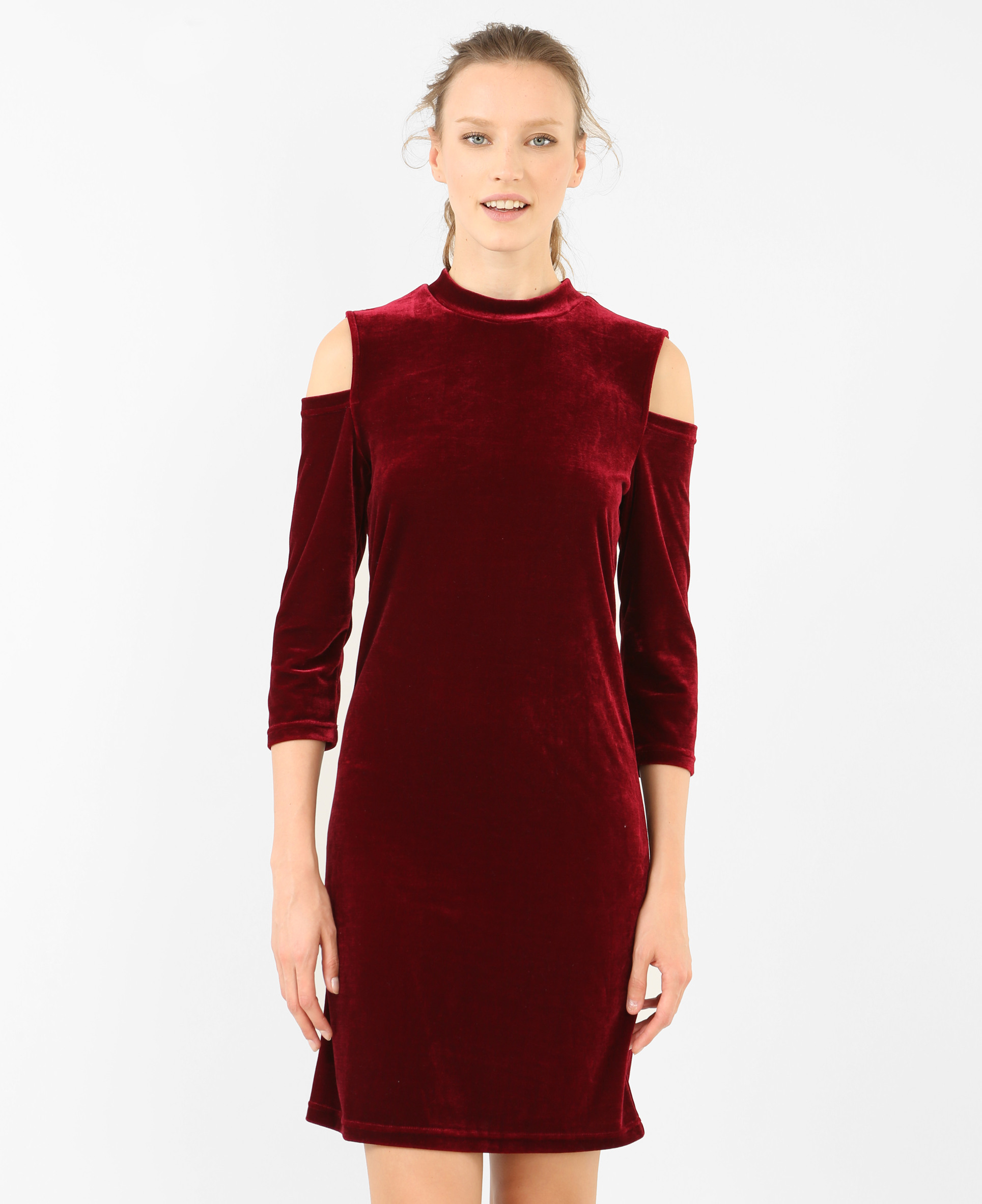 Figurbetontes Kleid Mit Peekabooärmeln Granatrot