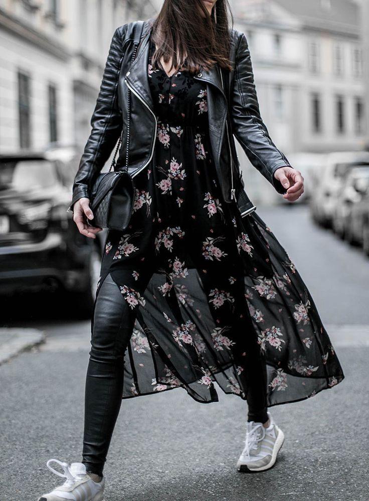 Flowers Maxi Dress In Winter  Lederhosen Outfit Maxi