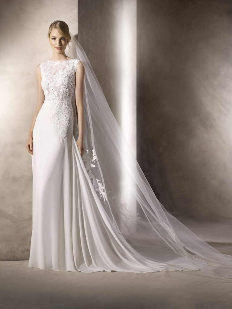 Gefunden Bei Happy Brautmoden Brautkleid Hochzeitskleid