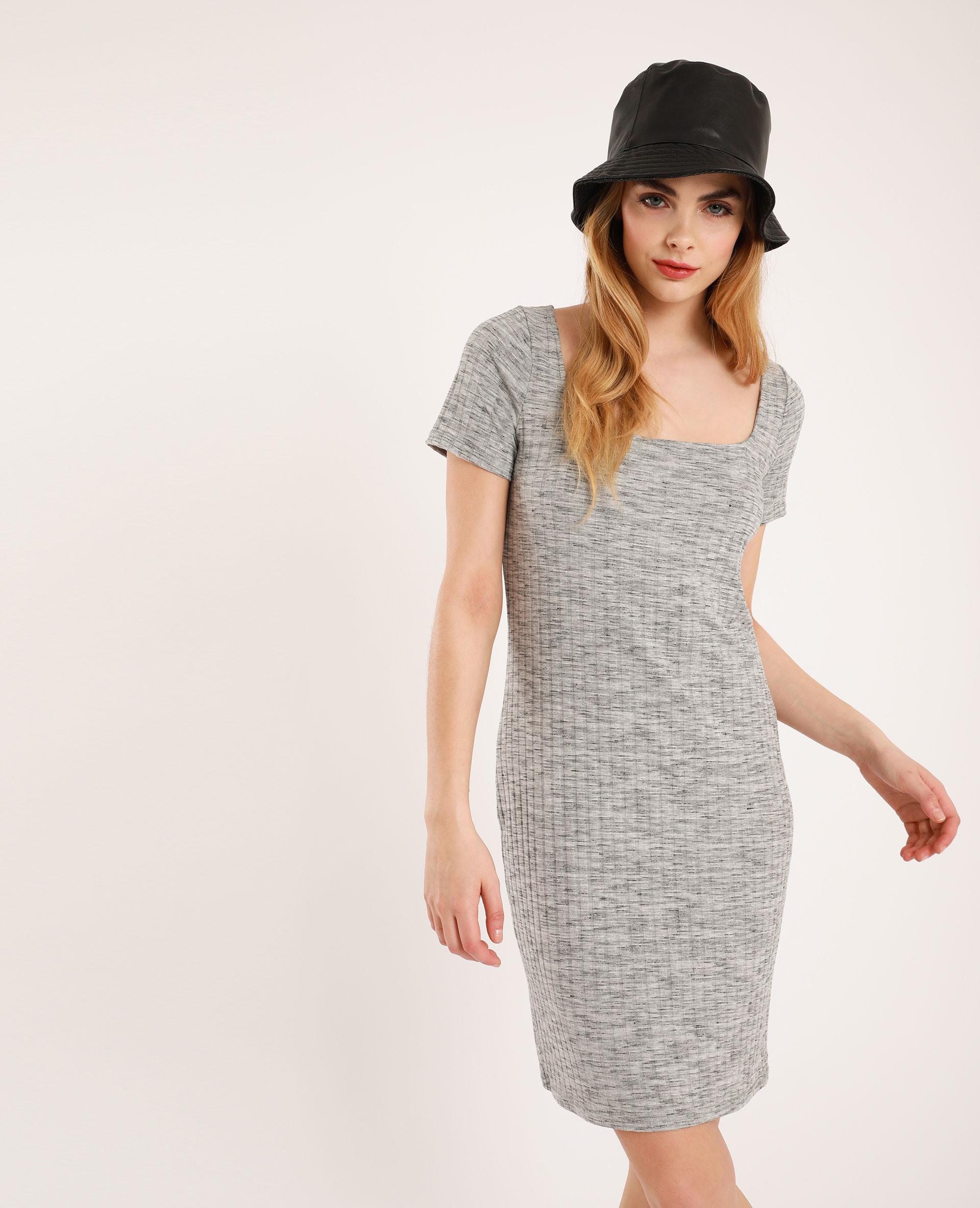 Geripptes Kleid Grau  781421816J08  Pimkie