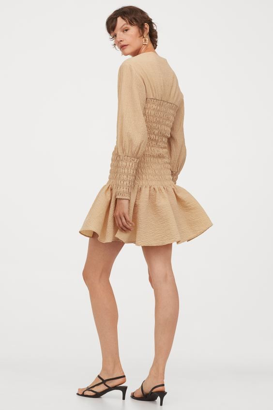 Gesmoktes Kleid  Beige   Hm De In 2020  Kleid Beige