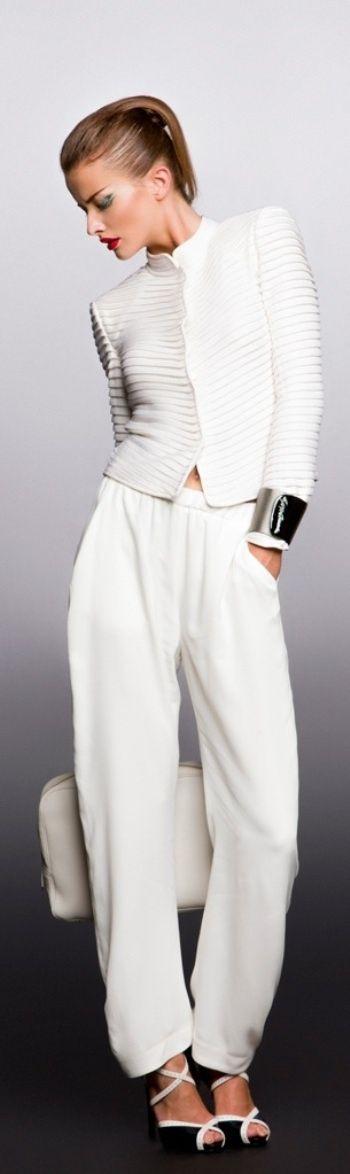 Giorgio Armani Jannyshere  Mode Inspiration Outfit