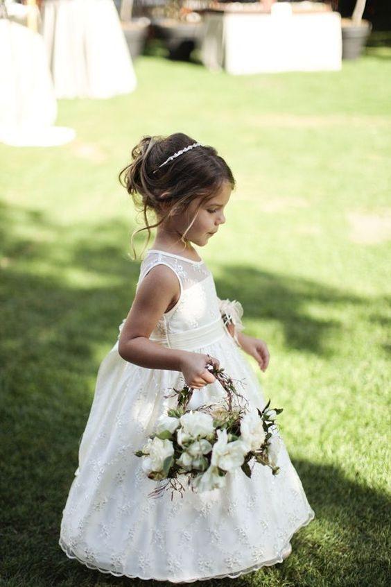 Glamouröse Bodenlangen Blumenmädchenkleider  Hochzeit