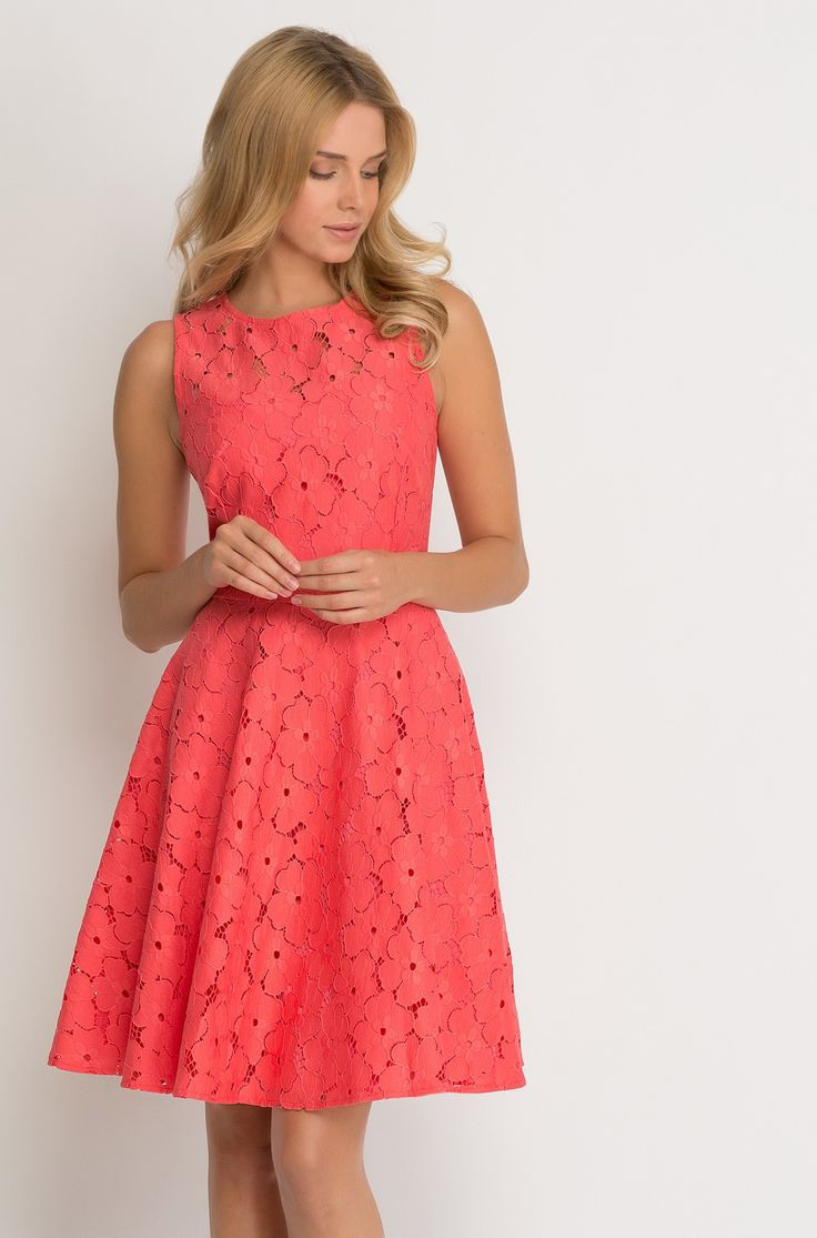 Glockenkleid Aus Spitze With Images  Fashion Dresses