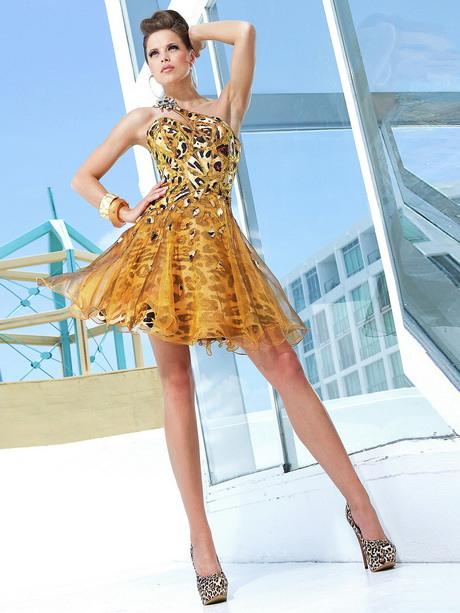 Goldenes Kleid Rückenfrei