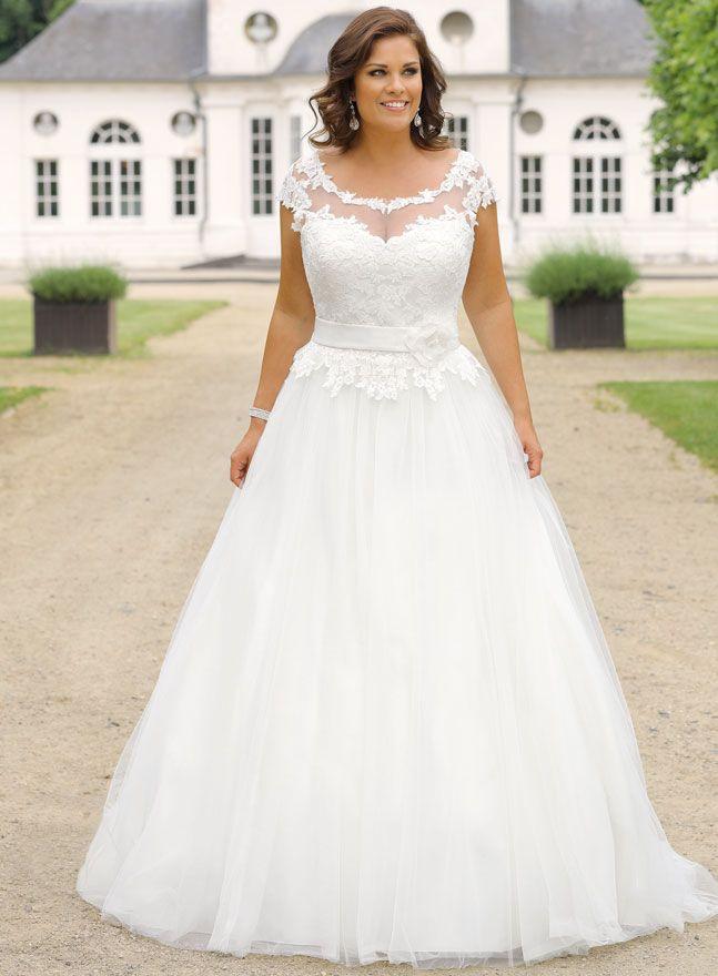 Große Größen Brautkleider Für Kurvige Mollige Bräute And