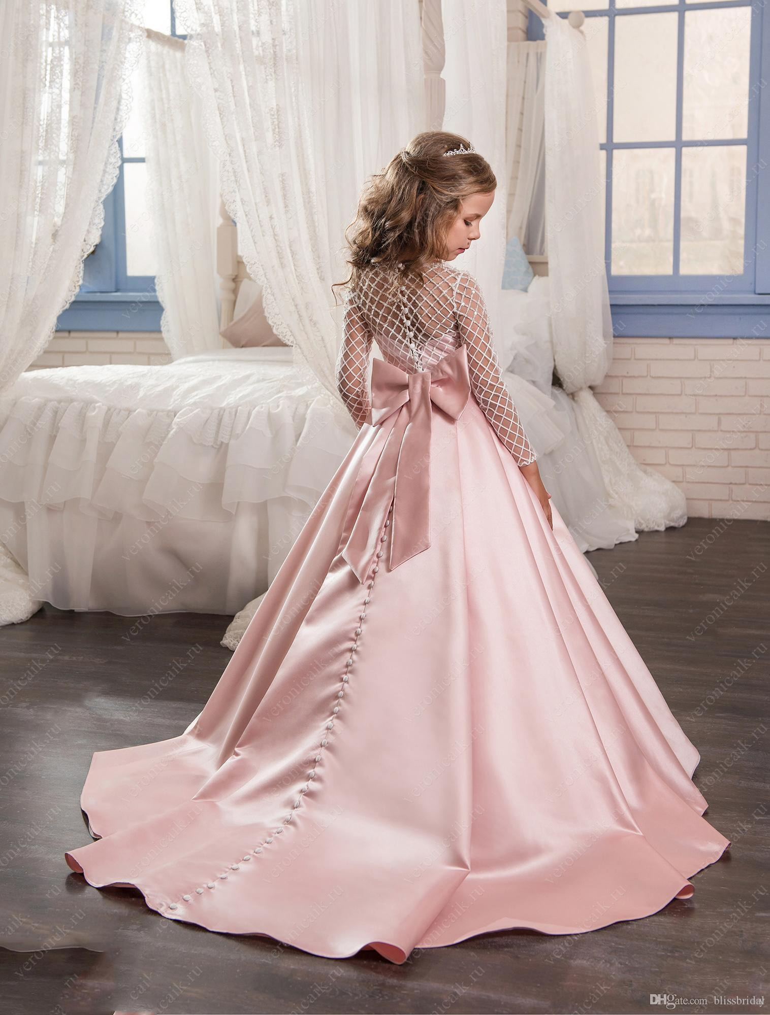 Großhandel Rosa Farbe Blumenmädchenkleider 2017 Satin