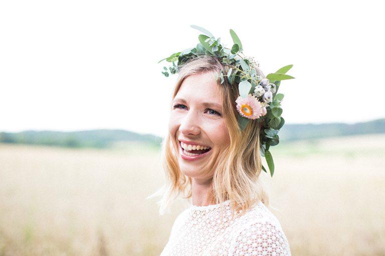 Grüner Brautstrauß Im Hippie Look
