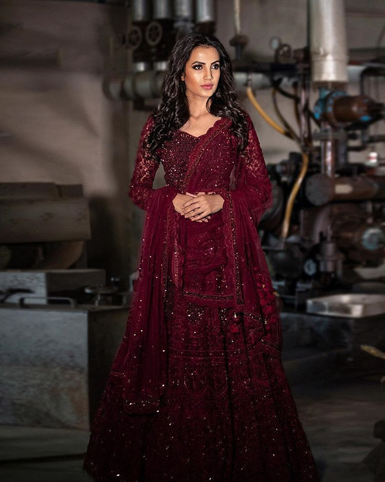 Harris Nadeem  Manahil Malik Beide In Faraz Manan Couture