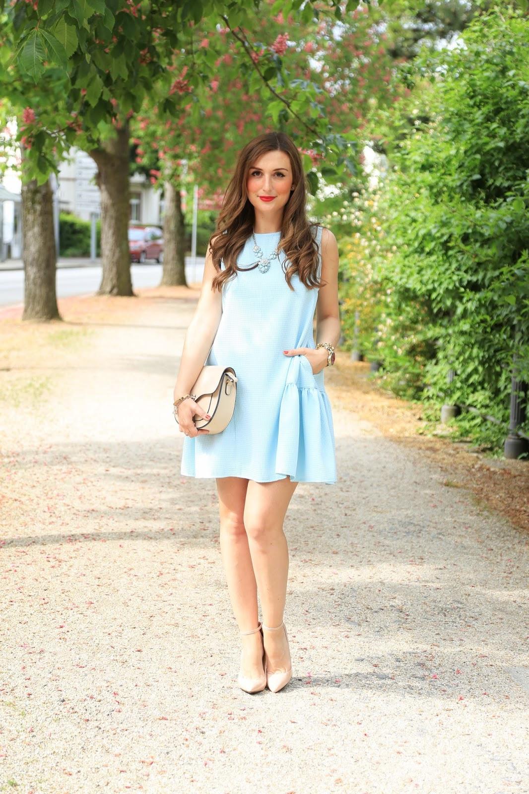 Hellblau Kleid Welche Schuhe  Trendige Kleider Für Die
