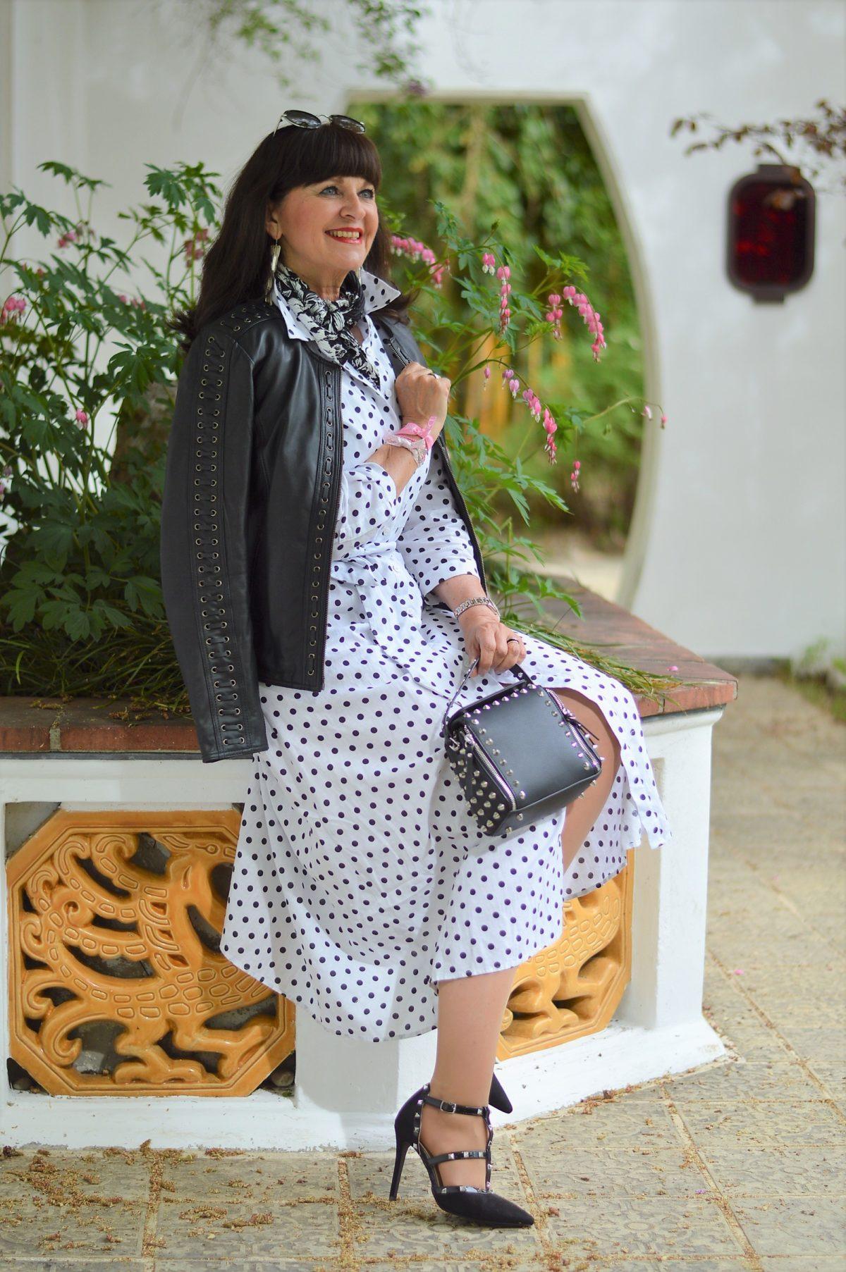 Hemdblusenkleid Mit Polka Dots  4 Styling Tipps Auf Den