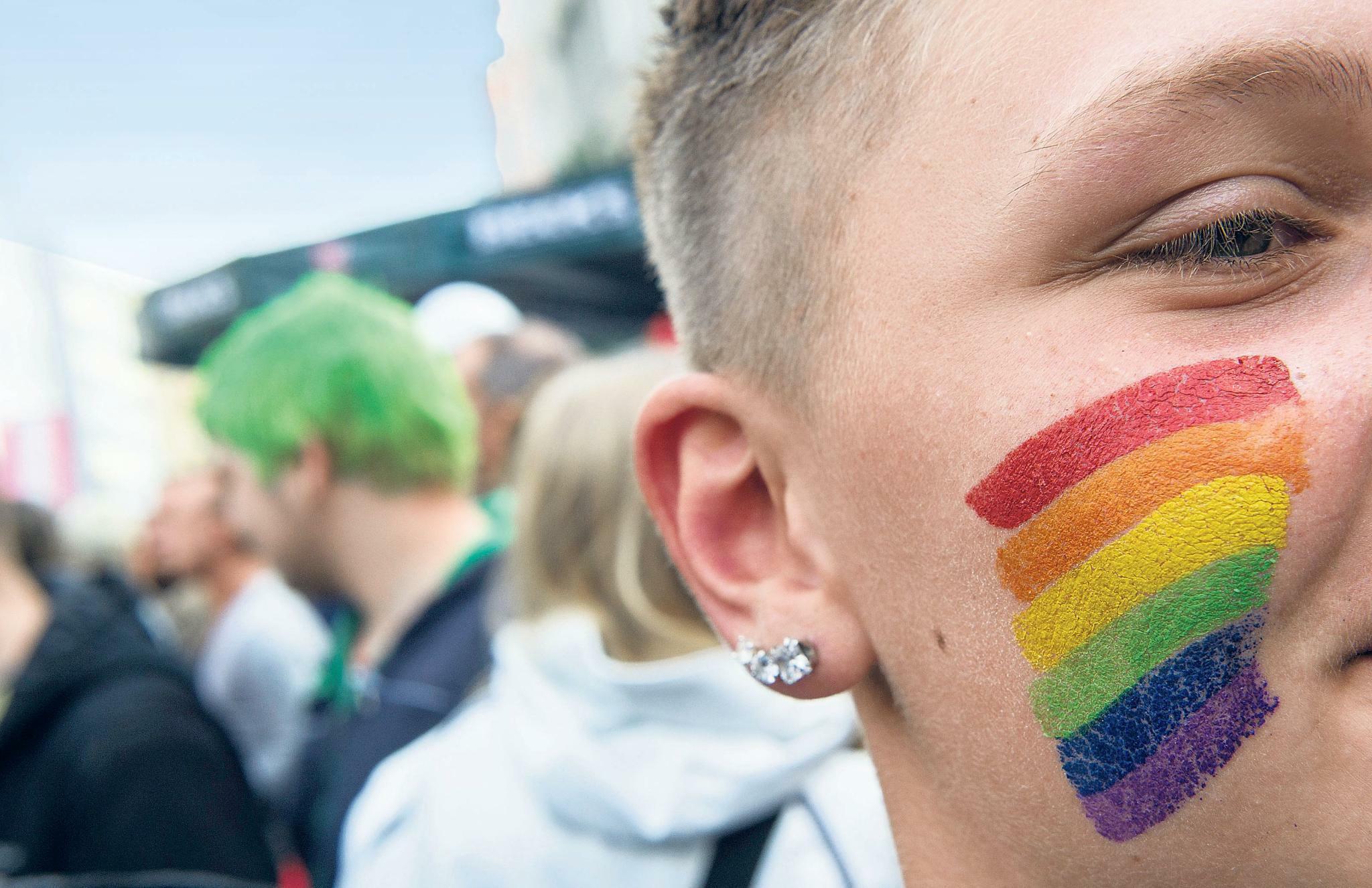 Hilfe Für Junge Lgbts Berlin Bekommt Ein Queeres